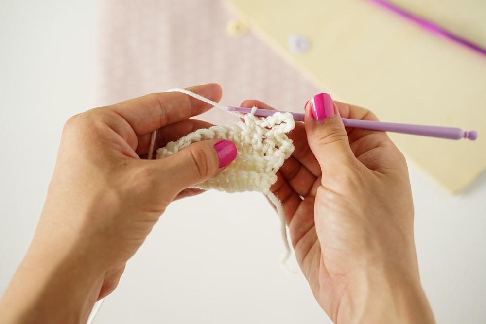 jak zrobić warkocze na szydełku