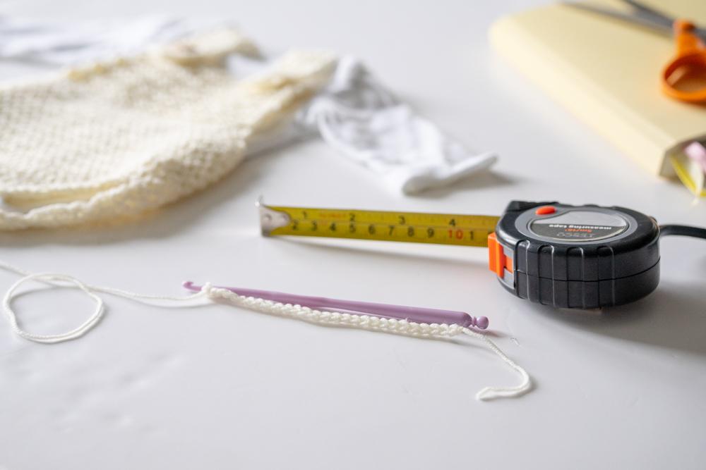 jak zrobić ubranka dla noworodka na szydełku